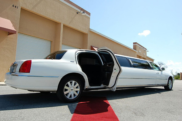 Raleigh Lincoln Limos Rental